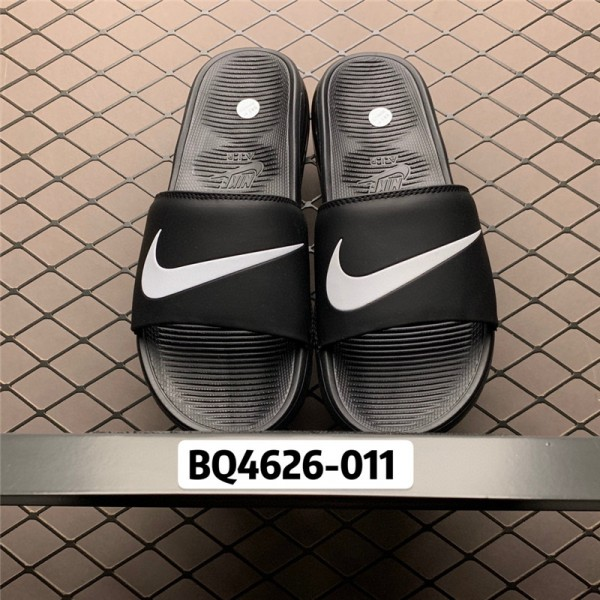 Nike Air Max Camden Black White Slides