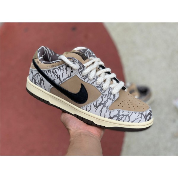 Travis Scott x Nike SB Dunk Low White Black Brown For Men
